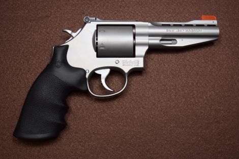 SMITH&WESSON PERFORMANCE CENTER® MODEL 686 PLUS 357MAG 4″