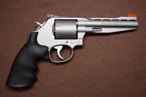 SMITH&WESSON PERFORMANCE CENTER® MODEL 686 PLUS 357MAG 5″