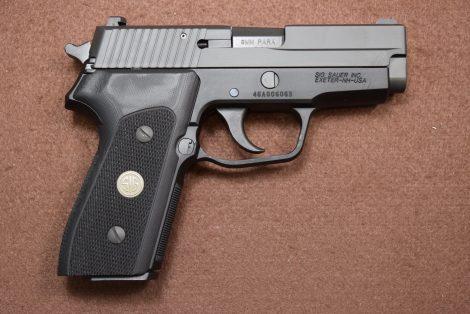 SIG 225A-9-BSS-CL 9MM 3.6″
