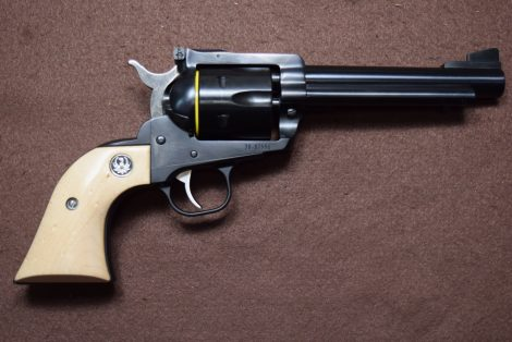RUGER BLACKHAWK CONVERTIBLE 357 MAG/9MM 5.5″ TALO EXCLUSIVE